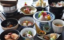 【三陸海岸の海の幸!こちらが基本】オーシャンビューの展望風呂と季節の海の幸!2食付